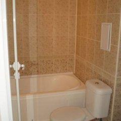 Отель Grand Sirena Болгария, Равда - отзывы, цены и фото номеров - забронировать отель Grand Sirena онлайн ванная фото 2