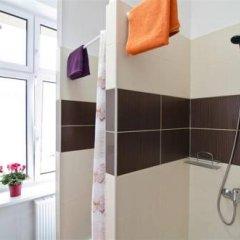 Отель Absynt Hostel Польша, Вроцлав - отзывы, цены и фото номеров - забронировать отель Absynt Hostel онлайн ванная фото 2