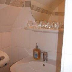 Отель Ajax Нидерланды, Амстердам - 1 отзыв об отеле, цены и фото номеров - забронировать отель Ajax онлайн ванная