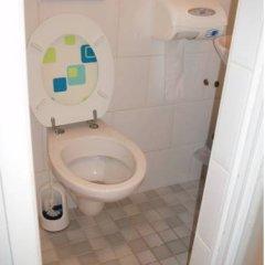 Отель Ajax Нидерланды, Амстердам - 1 отзыв об отеле, цены и фото номеров - забронировать отель Ajax онлайн ванная фото 3