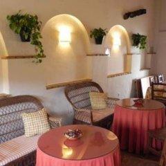 Отель Alojamiento Cortijo el Caserio Испания, Кониль-де-ла-Фронтера - отзывы, цены и фото номеров - забронировать отель Alojamiento Cortijo el Caserio онлайн питание фото 3