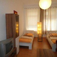 Отель B&B Hostel Elisa Германия, Лейпциг - отзывы, цены и фото номеров - забронировать отель B&B Hostel Elisa онлайн удобства в номере