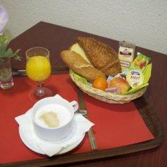 Отель Aer Франция, Озвиль-Толозан - отзывы, цены и фото номеров - забронировать отель Aer онлайн в номере фото 2