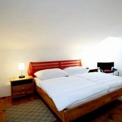 Отель Vienna Art Apartments - Penthouse Австрия, Вена - отзывы, цены и фото номеров - забронировать отель Vienna Art Apartments - Penthouse онлайн комната для гостей фото 3