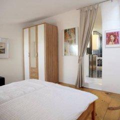 Отель Vienna Art Apartments - Penthouse Австрия, Вена - отзывы, цены и фото номеров - забронировать отель Vienna Art Apartments - Penthouse онлайн комната для гостей фото 4