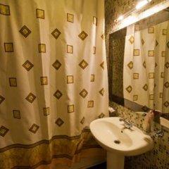 Гостиница Абриколь в Хабаровске 1 отзыв об отеле, цены и фото номеров - забронировать гостиницу Абриколь онлайн Хабаровск ванная фото 2