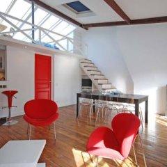 Отель Studios Paris Appartement Under The Stars Франция, Париж - отзывы, цены и фото номеров - забронировать отель Studios Paris Appartement Under The Stars онлайн комната для гостей фото 4