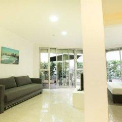 Sea Land Suites Израиль, Тель-Авив - 11 отзывов об отеле, цены и фото номеров - забронировать отель Sea Land Suites онлайн интерьер отеля фото 2