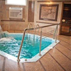 Charda Hotel бассейн