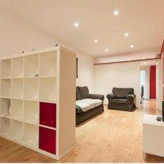 Отель Rent A Flat In Barcelona Poble Sec комната для гостей фото 4
