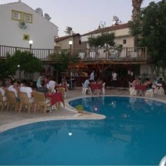 Dogus Hotel бассейн