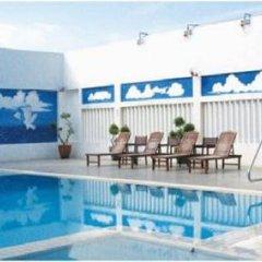 Отель Grand Continental Hotel Penang Малайзия, Пенанг - отзывы, цены и фото номеров - забронировать отель Grand Continental Hotel Penang онлайн бассейн фото 2