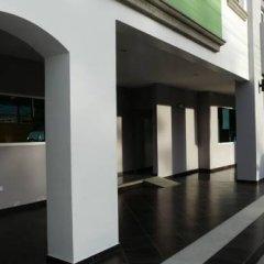 Отель Casa del Arbol Galerias Гондурас, Сан-Педро-Сула - отзывы, цены и фото номеров - забронировать отель Casa del Arbol Galerias онлайн интерьер отеля