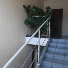 Гостиница Hostel Millenium na Bagnyuka в Омске 10 отзывов об отеле, цены и фото номеров - забронировать гостиницу Hostel Millenium na Bagnyuka онлайн Омск балкон