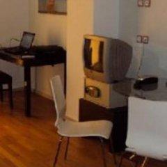 Отель Art Suites Афины комната для гостей фото 4