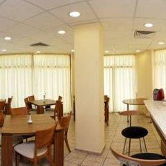Отель Sunrise Club Apart Hotel Болгария, Равда - отзывы, цены и фото номеров - забронировать отель Sunrise Club Apart Hotel онлайн питание фото 2