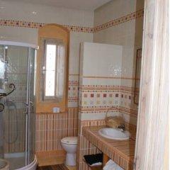 Отель Dar Hamza Тунис, Мидун - отзывы, цены и фото номеров - забронировать отель Dar Hamza онлайн ванная фото 2