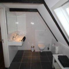 Отель Coco's Outback Apartments Нидерланды, Амстердам - отзывы, цены и фото номеров - забронировать отель Coco's Outback Apartments онлайн ванная