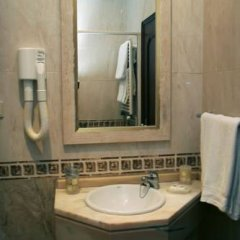 Отель Costa do Sol B&B ванная фото 2