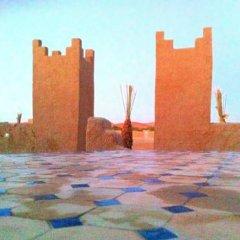 Отель Riad Les Flamants Roses Марокко, Мерзуга - отзывы, цены и фото номеров - забронировать отель Riad Les Flamants Roses онлайн бассейн фото 2