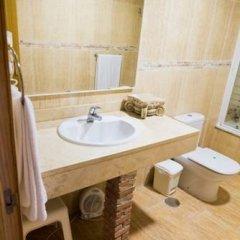 Hotel Restaurante La Plantación ванная