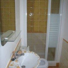 Отель Apartamentos Puente Viesgo ванная фото 2
