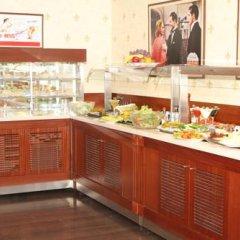 Гостиница Atyrau Hotel Казахстан, Атырау - 4 отзыва об отеле, цены и фото номеров - забронировать гостиницу Atyrau Hotel онлайн питание фото 3