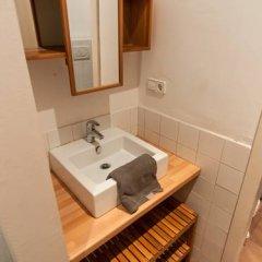 Отель Rent A Flat In Barcelona Poble Sec ванная