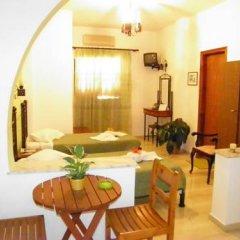 Отель Mirsini Pension Греция, Остров Санторини - отзывы, цены и фото номеров - забронировать отель Mirsini Pension онлайн комната для гостей фото 3