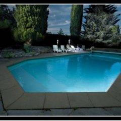 Отель Entre Lyon et Beaujolais бассейн фото 3