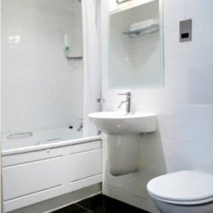 Artto Hotel Glasgow ванная