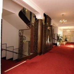 EA Hotel Jessenius парковка