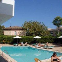 Отель Apartamentos Marthas Suite бассейн фото 3