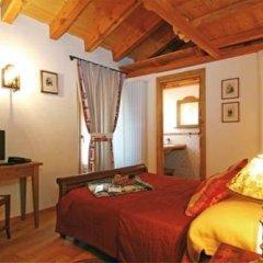 Отель Maison Colombot Италия, Аоста - отзывы, цены и фото номеров - забронировать отель Maison Colombot онлайн комната для гостей фото 4