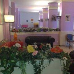 Hotel Montmartre Римини интерьер отеля фото 2