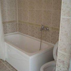 Отель Grand Sirena Болгария, Равда - отзывы, цены и фото номеров - забронировать отель Grand Sirena онлайн ванная