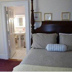 Отель The Elizabeth House Bed and Breakfast США, Ниагара-Фолс - отзывы, цены и фото номеров - забронировать отель The Elizabeth House Bed and Breakfast онлайн комната для гостей фото 4