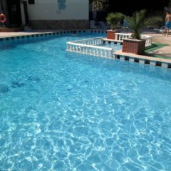 West Ada Inn Hotel бассейн фото 3