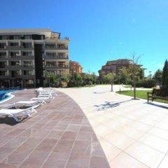 Апартаменты Menada Luxor Apartments парковка