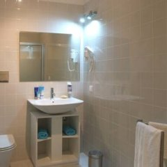 Отель Villa Bolhão Apartamentos ванная фото 2