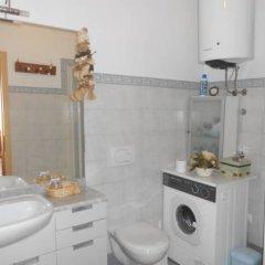 Отель Bilocali Serafini Пинцоло ванная