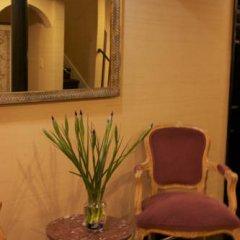 Отель Wilshire Crest Hotel США, Лос-Анджелес - отзывы, цены и фото номеров - забронировать отель Wilshire Crest Hotel онлайн гостиничный бар