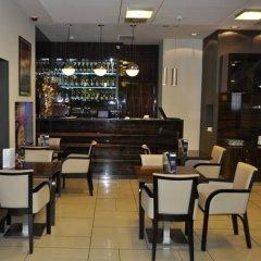 Hotel Apartments Zgoda Warszawa by DeSilva гостиничный бар