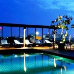 Отель Luxe Residence Паттайя бассейн