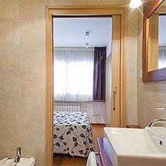 Отель Serennia Fira Gran Via ванная