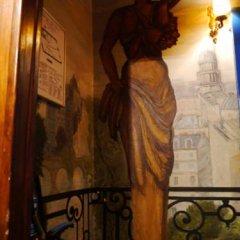 Отель Hôtel Les Degrés De Notre Dame Париж интерьер отеля