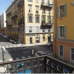 Отель L'Atelier Ницца балкон