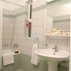 Saint Nicholas Hotel ванная
