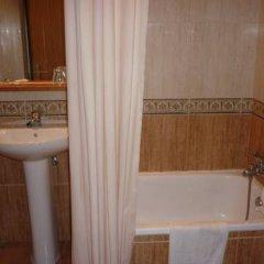 Отель Pensión Avantiss ванная