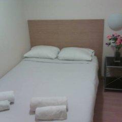 Апартаменты Km1 Atocha Apartments комната для гостей фото 3